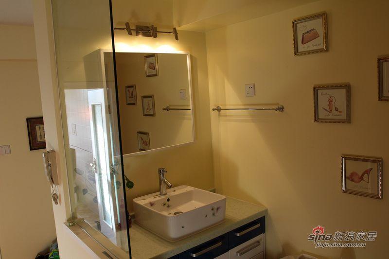 简约 二居 卫生间图片来自用户2739081033在另70后钟情的美式简洁生活空间94的分享