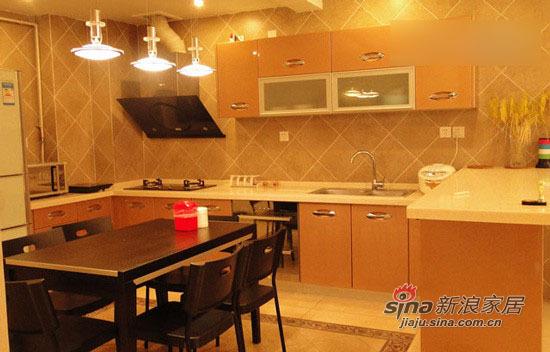 简约 二居 厨房图片来自用户2739081033在7万打造98平暖系时尚白领的家87的分享