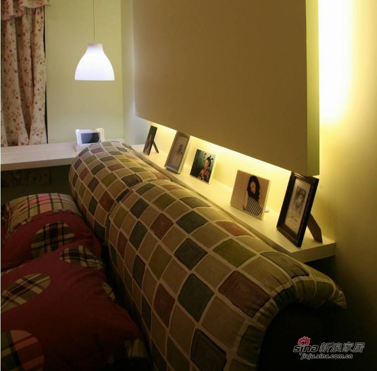 港式 二居 卧室图片来自用户1907650565在晒80平超温馨简约新婚小屋61的分享