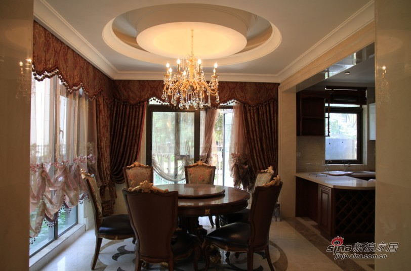 欧式 别墅 餐厅图片来自用户2745758987在【高清】欧式别墅大宅 高品质生活61的分享