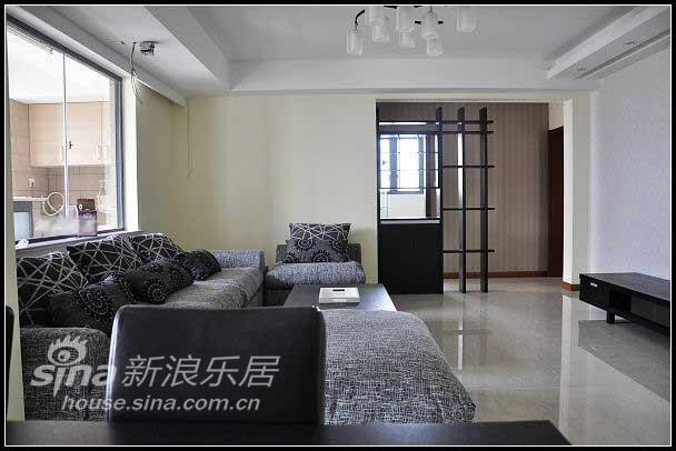 其他 三居 客厅图片来自用户2737948467在青庭装饰案例之荣域花园(一)12的分享