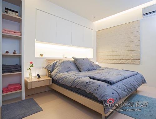 简约 二居 卧室图片来自用户2739081033在缤纷色彩欢乐氛围 83平简约时尚居37的分享