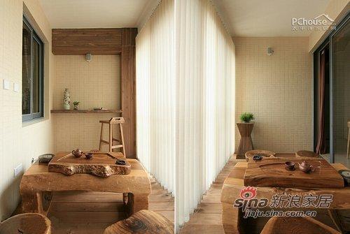 中式 三居 阳台图片来自用户1907658205在7万装123平中式淡雅新婚居72的分享