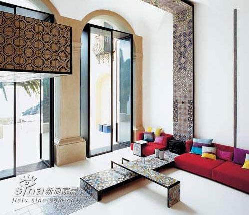 欧式 别墅 客厅图片来自用户2746948411在意大利滨水别墅室内设计 享受极致生活48的分享