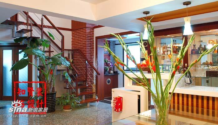 欧式 二居 楼梯图片来自用户2746953981在新古典主义一27的分享