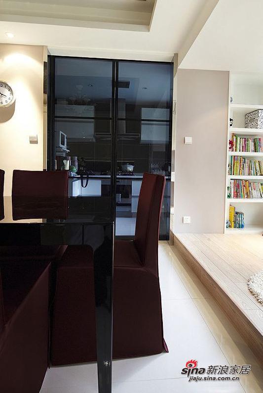 简约 二居 餐厅图片来自用户2737950087在舌尖上的家居96平时尚奢华白领美家47的分享