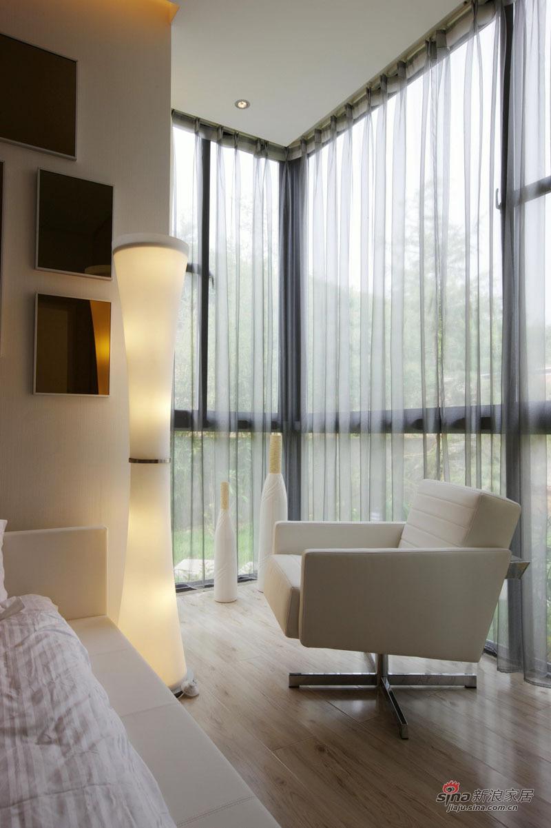 简约 三居 卧室图片来自用户2739081033在7万打造122平欧式简约家 看深圳人的美居15的分享