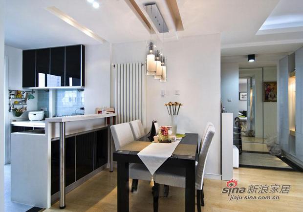 简约 三居 餐厅图片来自用户2738829145在巧用103平现代三房装别墅范儿81的分享