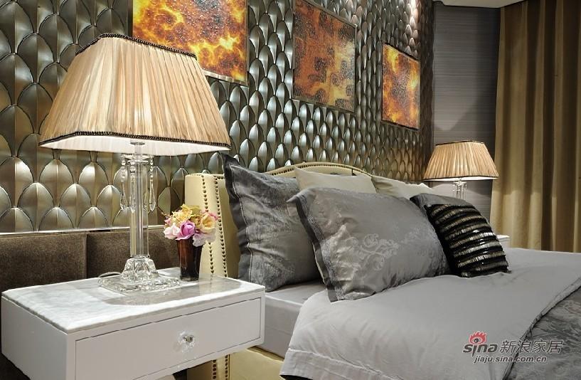欧式 三居 卧室图片来自用户2772856065在展现300平高雅经典别墅10的分享