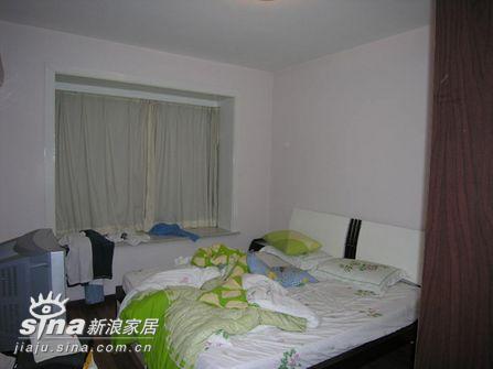其他 三居 卧室图片来自用户2558757937在五万元改造旧屋 新旧前后大对比19的分享