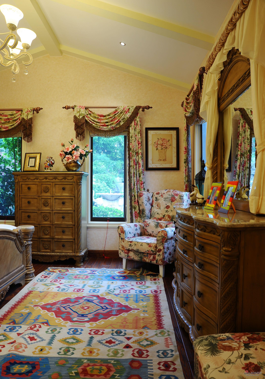 美式 别墅 卧室图片来自用户1907686233在500平米独栋美式风格43的分享