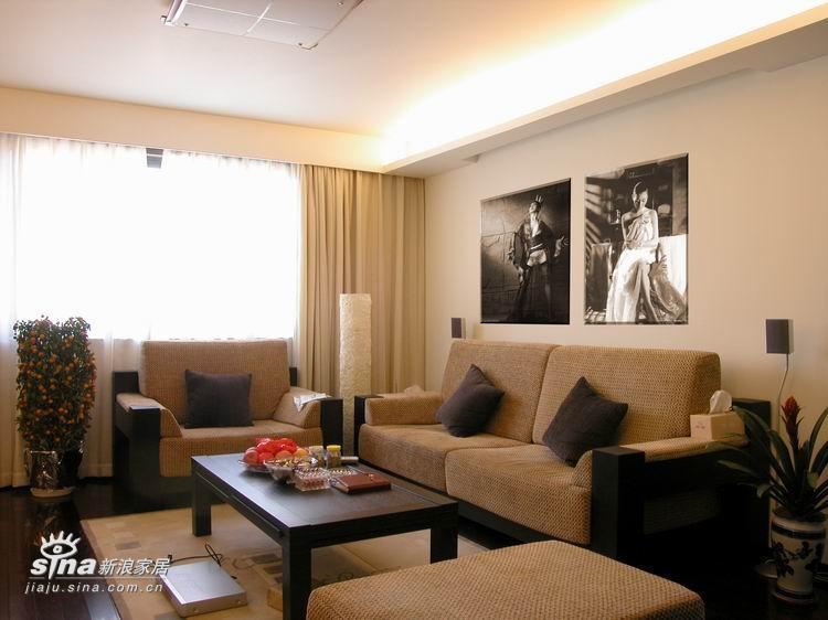 中式 四居 客厅图片来自用户2748509701在现代感的新中式38的分享