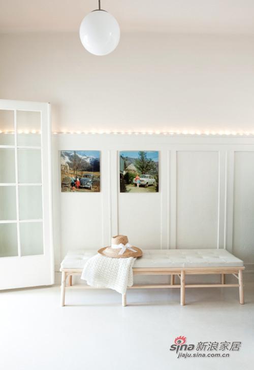 简约 二居 客厅图片来自用户2737759857在Siw5万搭建65平华丽丽的家94的分享