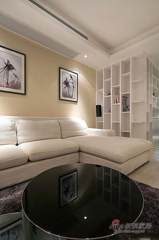 简约 三居 客厅图片来自用户2737786973在6.2万改造100平清雅时尚3居19的分享