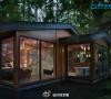 森林中的玻璃房子 。