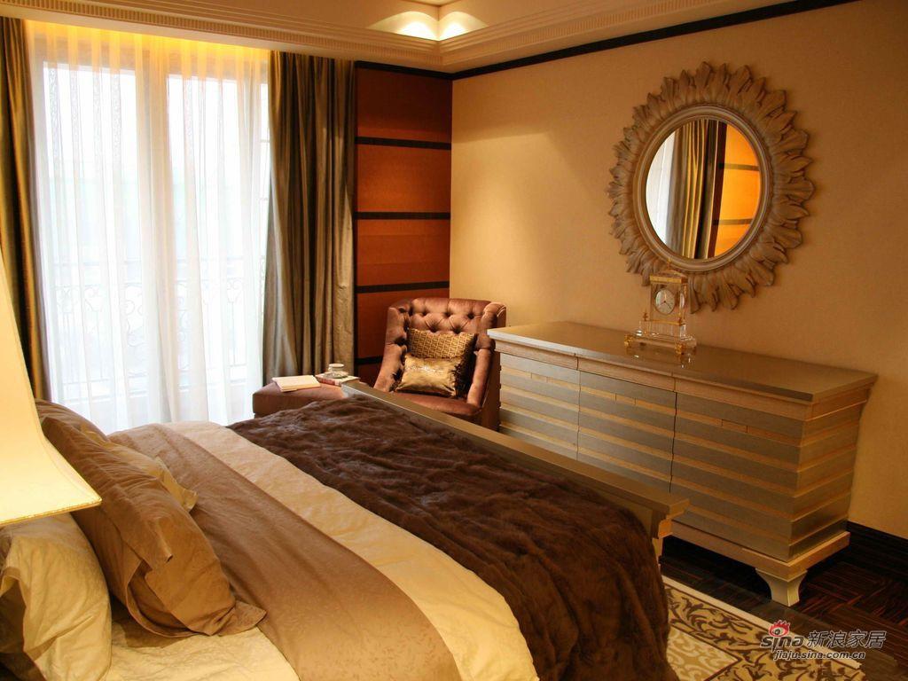 新古典 三居 卧室图片来自用户1907664341在9万打造150平新古典密林传奇75的分享