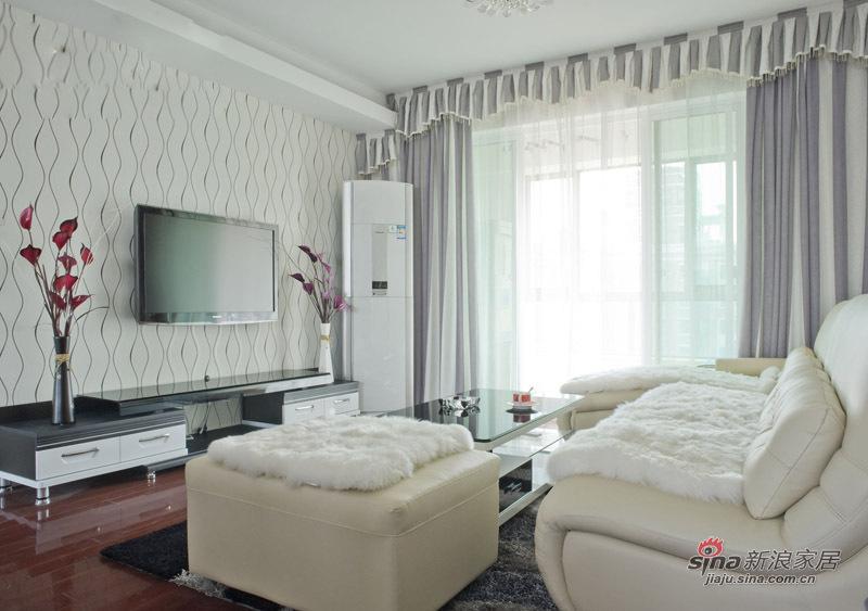 其他 其他 客厅图片来自用户2558757937在66平简约柔美婚房  餐厅一分为二做书房73的分享