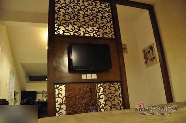 中式 三居 玄关图片来自用户1907658205在135平东南亚与中国风奇妙混搭99的分享