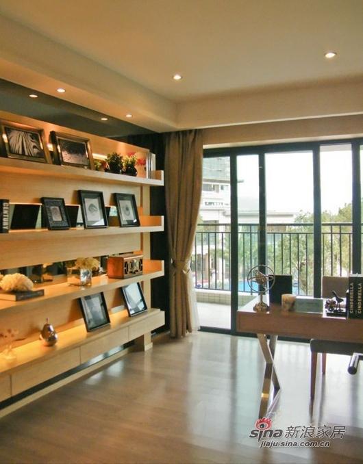 简约 三居 客厅图片来自用户2738820801在工薪族10万装现代时尚3室2厅51的分享