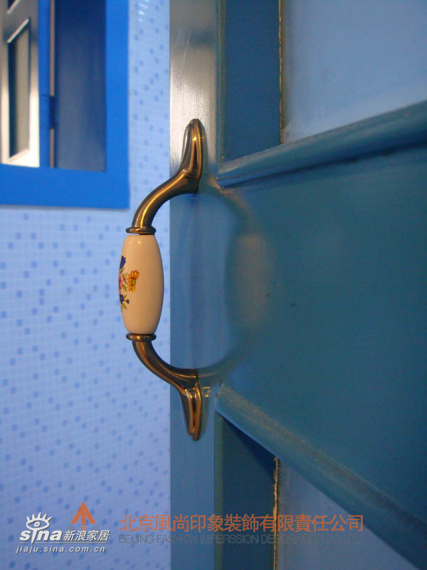陶瓷的欧式门把手