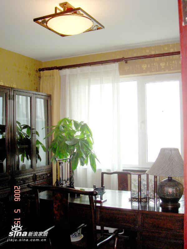 其他 其他 书房图片来自用户2558757937在光彩国际公寓47的分享