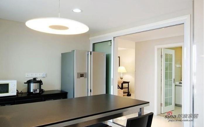 简约 三居 厨房图片来自用户2737782783在实景9万秀150平方3居室婚房19的分享
