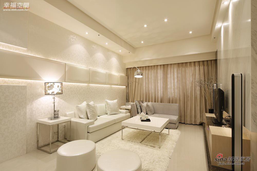 新古典 四居 客厅图片来自幸福空间在148平三十年代欧式古典风格95的分享