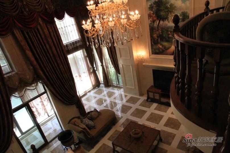 欧式 别墅 客厅图片来自用户2745758987在【高清】欧式别墅大宅 高品质生活61的分享