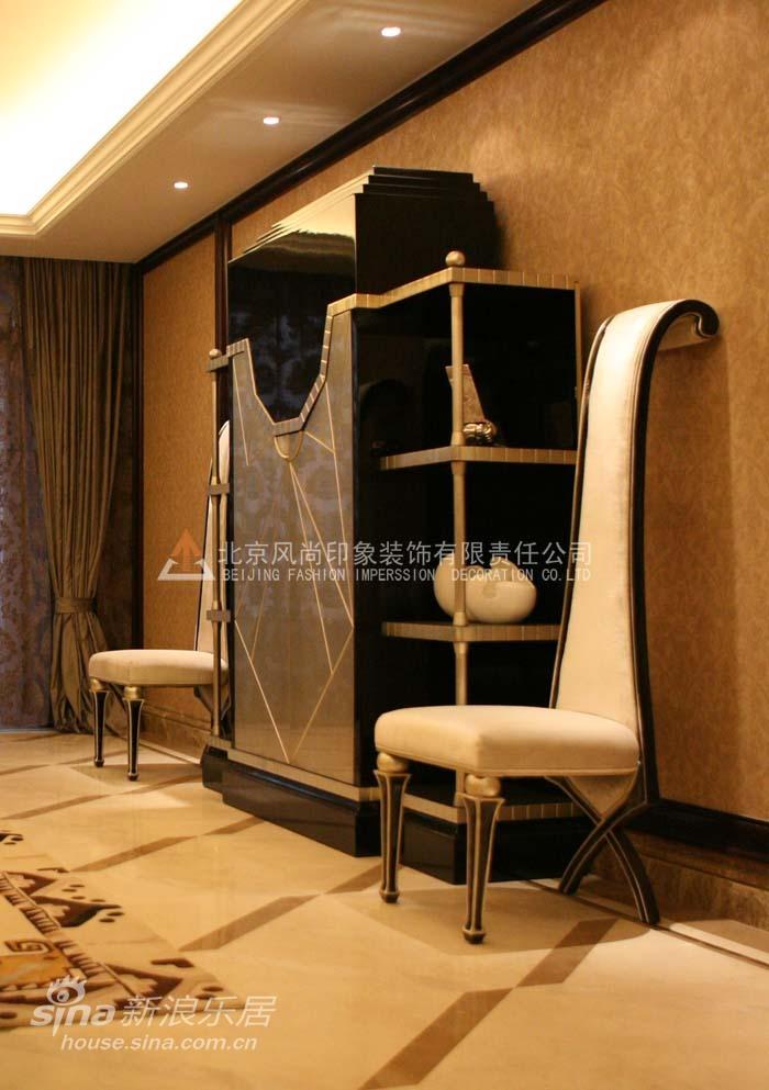简约 四居 客厅图片来自用户2739378857在浪漫金曲23的分享