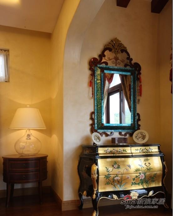 欧式 别墅 卧室图片来自用户2745758987在开阔柔美的豪宅式别墅84的分享