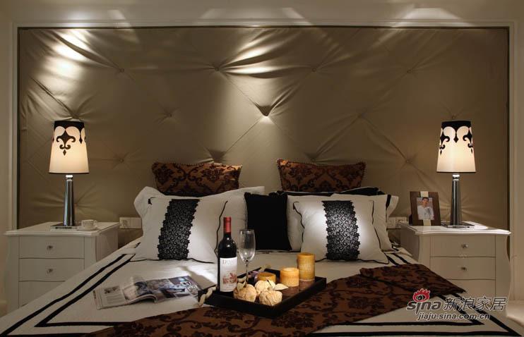欧式 二居 卧室图片来自用户2772873991在6万精装78平欧式风唯美2居38的分享