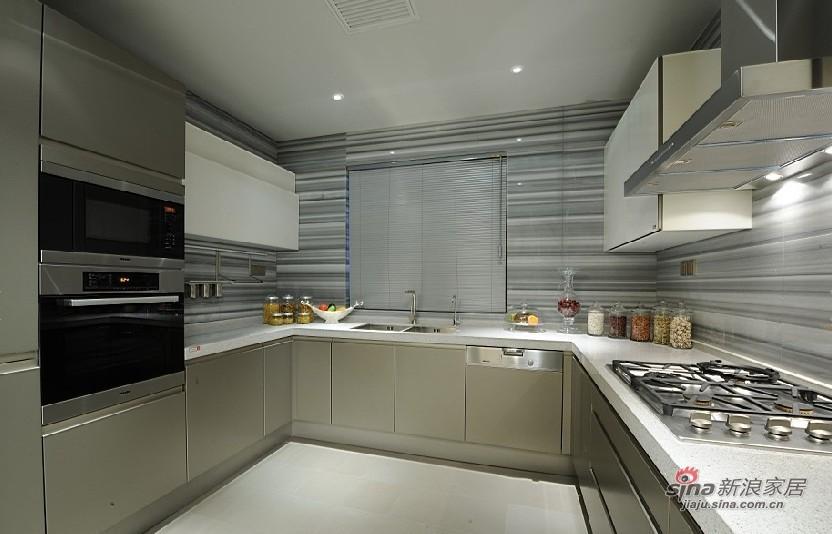 欧式 三居 厨房图片来自用户2772856065在展现300平高雅经典别墅10的分享