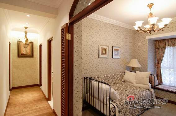 美式 二居 卧室图片来自用户1907685403在9万营造100平美式风格三居79的分享