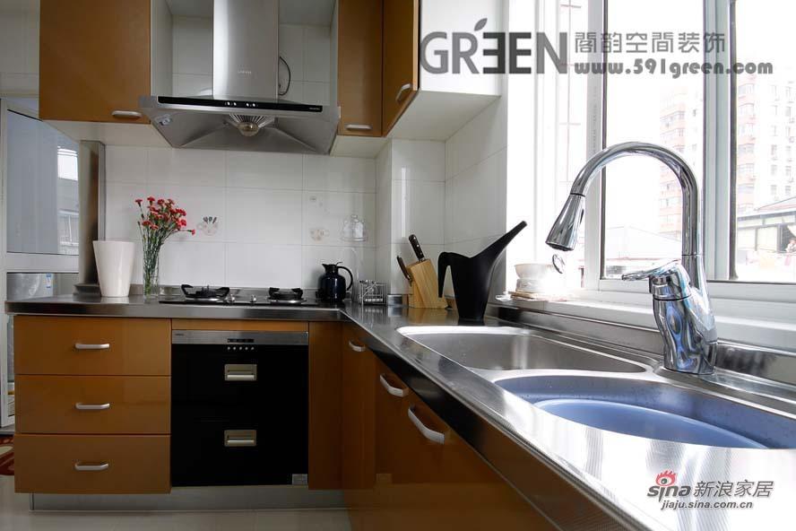简约 二居 厨房图片来自阁韵空间装饰在黑晶魔法27的分享