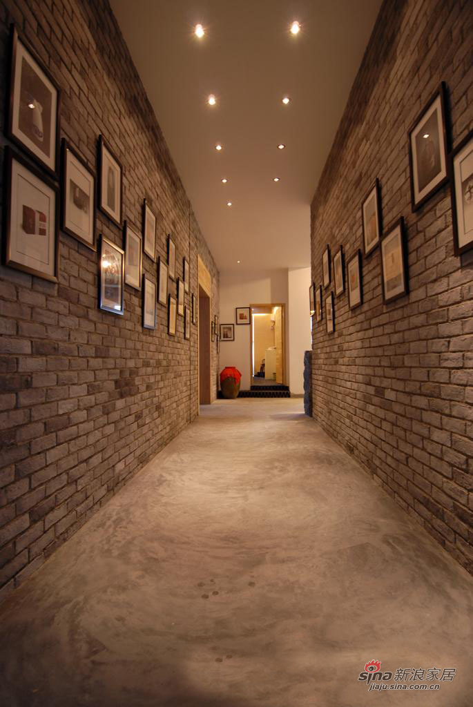 混搭 loft 客厅图片来自用户1907691673在漫画般的餐厅16的分享