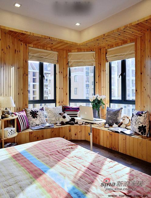 简约 三居 卧室图片来自用户2737950087在5万翻新130平从容收纳爱家76的分享
