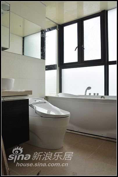 简约 别墅 客厅图片来自用户2738829145在荣域花园144平湖景简约美居16的分享