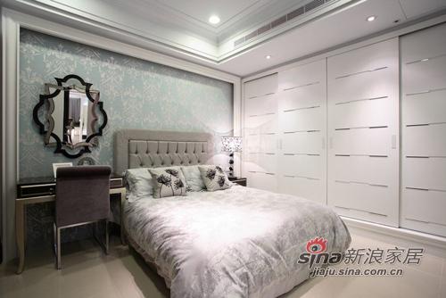 新古典 三居 卧室图片来自用户1907701233在白色奢华110平 三代同堂共享天伦39的分享