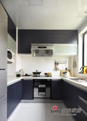 简约 三居 厨房 大气 高富帅图片来自用户2738829145在三口家6.8万打造98平大气简约三居19的分享