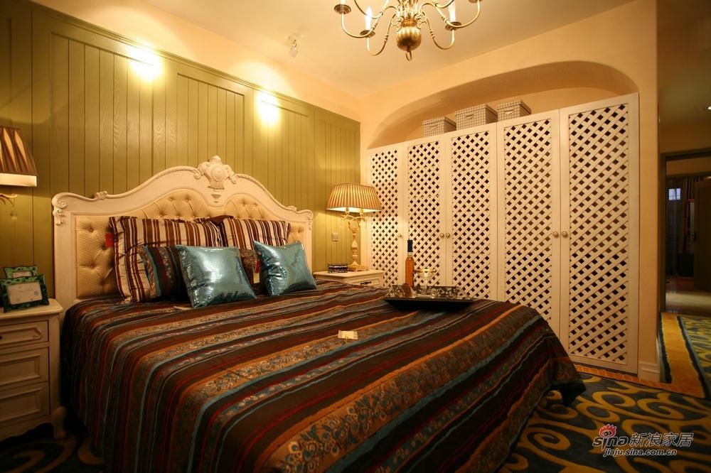地中海 四居 卧室图片来自用户2756243717在【高清】典雅怀旧风183平地中海风格17的分享