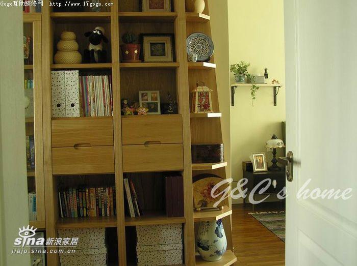 欧式 三居 书房图片来自用户2745758987在美丽的杂货铺13的分享