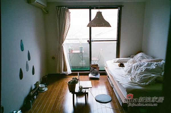 简约 公寓 客厅图片来自用户2737950087在20平的日系简约家居86的分享