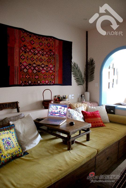 地中海 一居 客厅图片来自用户2757320995在小夫妻5万改造30平地中海37的分享