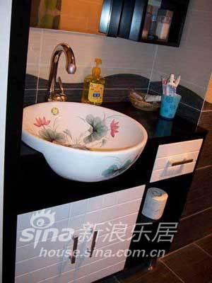 简约 一居 客厅图片来自用户2556216825在单身男人公寓28的分享