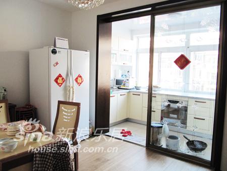 简约 三居 餐厅图片来自用户2738845145在大连龙珍阁12的分享