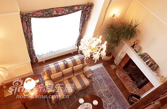 欧式 别墅 客厅图片来自用户2745758987在让海洋的味道飘进美家37的分享