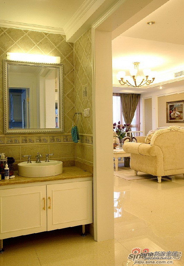 简约 三居 客厅图片来自用户2737786973在15万装130平欧式雅致的家53的分享