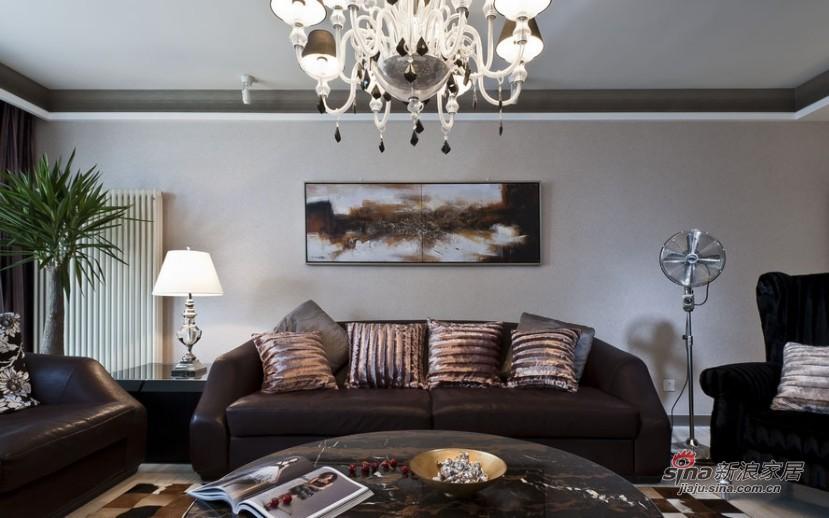 新古典 三居 客厅 舒适图片来自家装大管家在【高清】9万装102平新古典时尚居27的分享