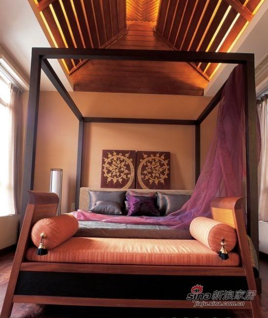 其他 别墅 卧室图片来自用户2558746857在320平米东南亚假日情怀风别墅98的分享