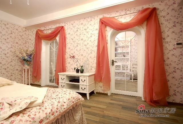 简约 一居 客厅图片来自用户2737735823在130平温馨浪漫四居93的分享